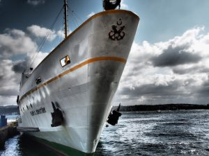 ship, ferry, port-527728.jpg